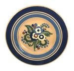 C CBL 070-0240, Slip-painted floral plate by Margaret Kelly Cable