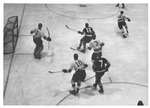 UND Hockey Team on Defense